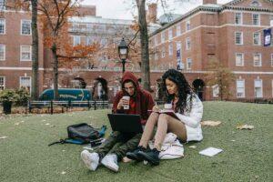 Volunteer opportunities for college students